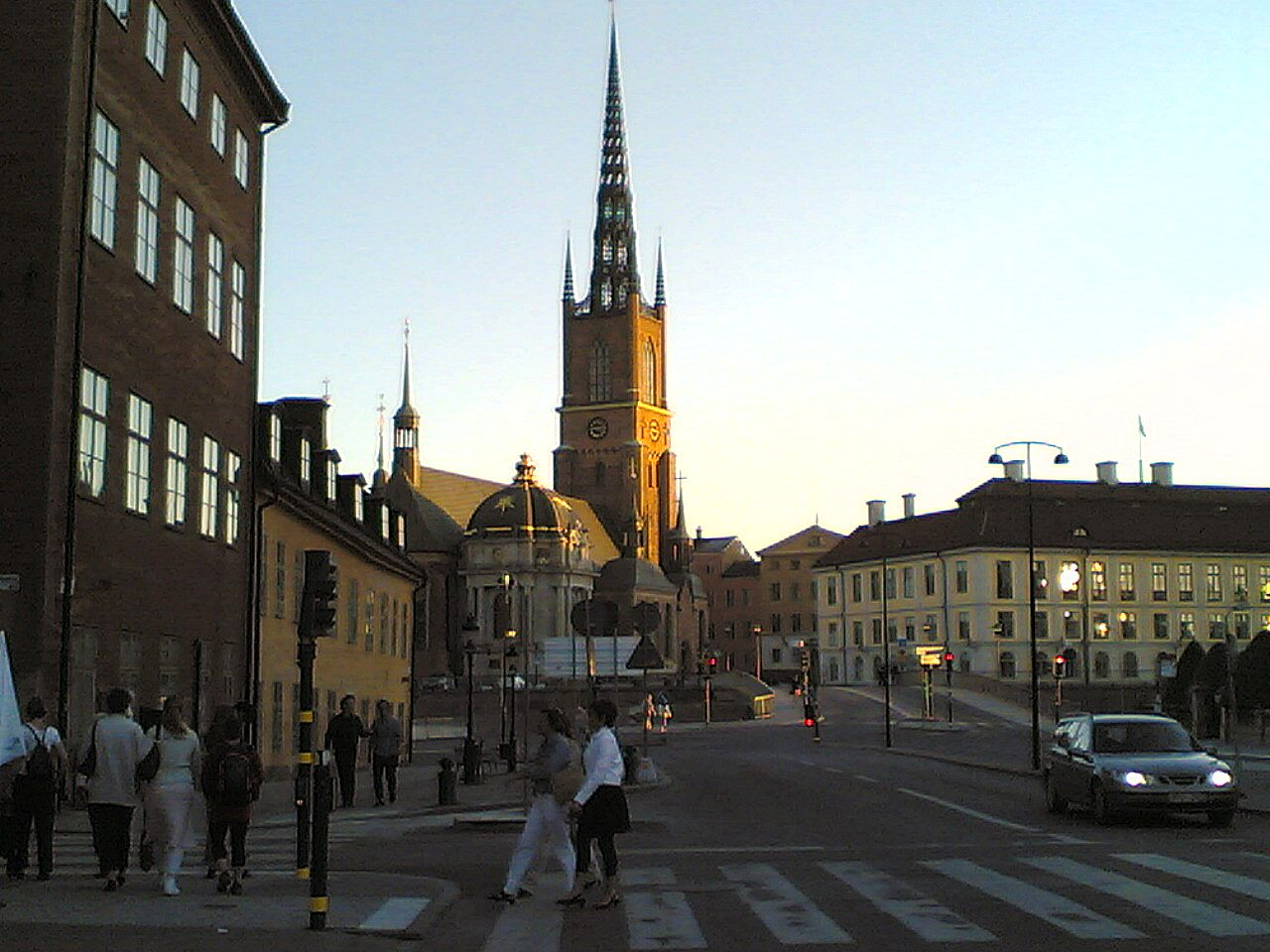 Possibly_cathedral_in_Stockholm_about_10_at_night