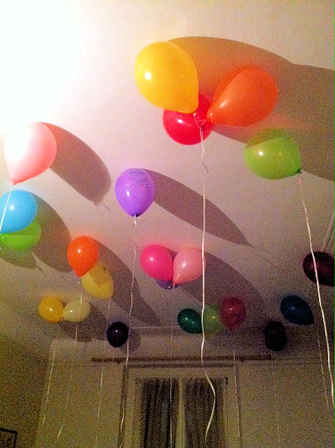 balloons on ceiling2